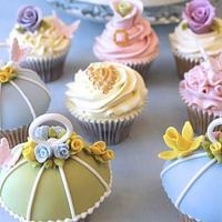 Wedding vintage cupcakes