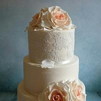 Cake lace and roses