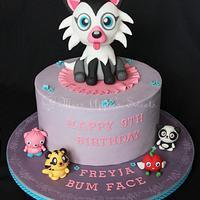Moshi Monster's Cake