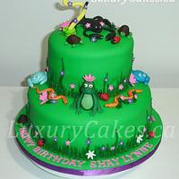 Reptile animal cake