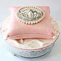 Pillow and Tiara Cake