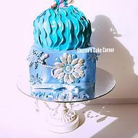 Elsa doll cake