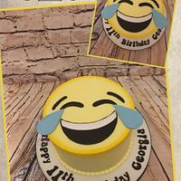Lol 😂 emoji cake