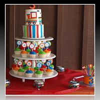 Train Cakes and Cupcakes by Charis