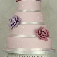 Roses and spots wedding cake