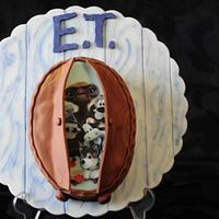 ET in the closet #ET #cakemastersmagazine