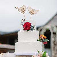 2 little birds wedding cake