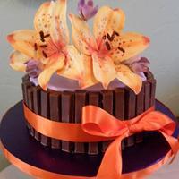 kitkat lily cake