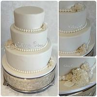 Simple white wedding cake by Amanda Brunott