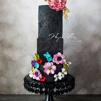 """Lady in Black"" Zuhair Murad Fashion Inspired Cake Collaboration"