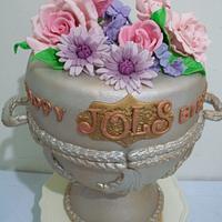 Silver Urn Fondant cake