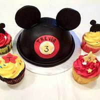 Mickey Ears w/ matching cupcakes