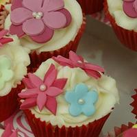 Cupcakes - flowers