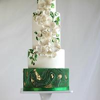White and Green Malaquita Wedding Cake