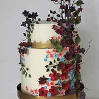 Wild flowers & foliage wedding cake