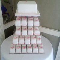 Mini Wedding Cakes & Matching Top Cake