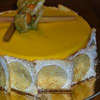 Angel-Mango mousse cake