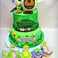 Tinkerbell Themed Cake and Cupcakes
