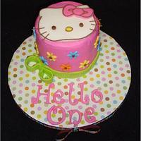 Hello Kitty First Birthday by Toni (White Crafty Cakes)