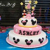 Mickey and Minnie Mouse Cake by Laura Barajas