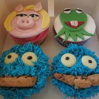 Muppets cupcakes by Hellocupcake