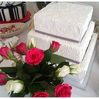 Traditional Wedding Cake by TheCookingMonster's Kitchen