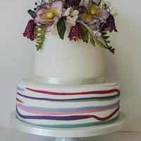 Natural Macintosh inspired flowers wedding cake