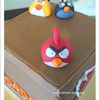 Angry Bird Cake by Linda Kurniawan