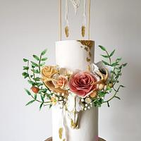 Boho Chic Wedding Cake by Sophia Fox