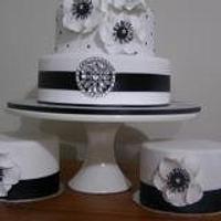 Party Cakes by Dorinda Hartwig