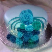 Blue Ribbons & Pearl Cake