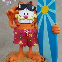 """""""Garfield Gravity Cake"""" Height 50 cm"""