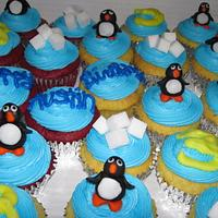 Happy Feet themed cupcakes by Lori