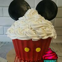 Mickey Mouse cake smash cake