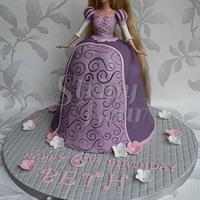 Beth's Rapunzel Doll Cake