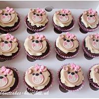 Sweet teddy bear cupcakes