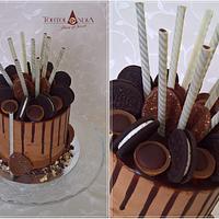 """Extra chocolate """"Drip"""" cake"""