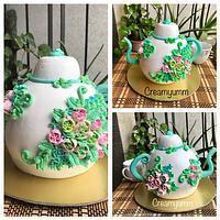 Teapot for a tea party