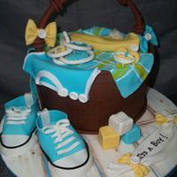 Baby shower basket cake
