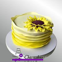 Cake with sunflower