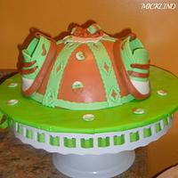 A BABY SHOWER CAKE