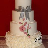 Grey bow Pink roses wedding cake