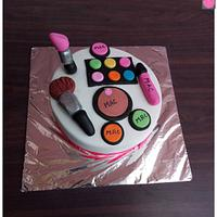 Every Girls Favourite- Make up theme cake