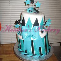 Fondant Topsy Turvy Bow Cake