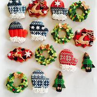 Christmas mittens cookies