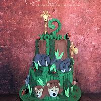 In the jungle..... cake