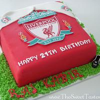Liverpool soccer badge cake  by thesweettastes