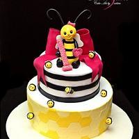 Bee theme first birthday cake