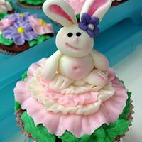 Easter Bunny Flower Cupcakes