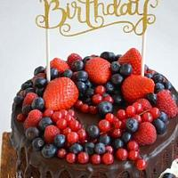 Chocolate cake with red fruit & ganache  !!